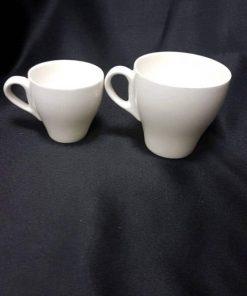 כוס קפה וכוס אספרסו