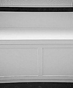 מזנון לבן עם הגבהה שחור