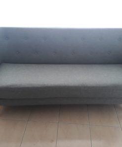 ספה כפתורים אפורה